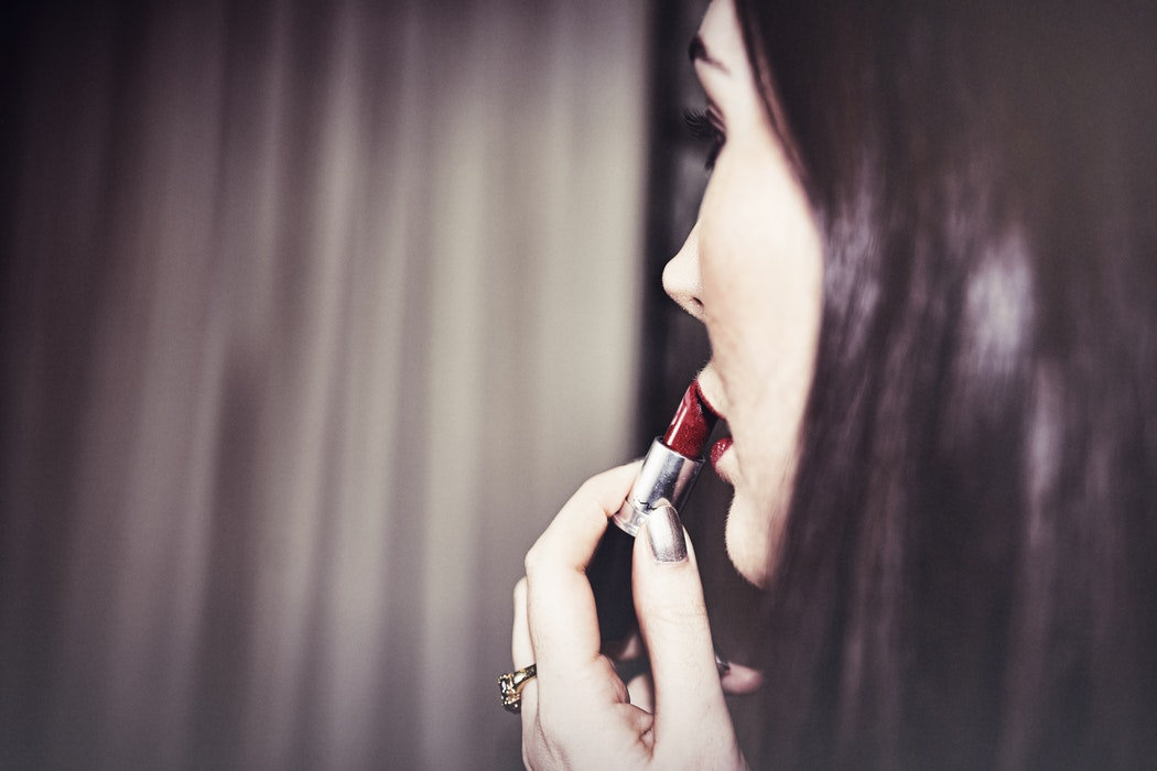 The Best Red Lip Colors To Transition From Winter To Spring